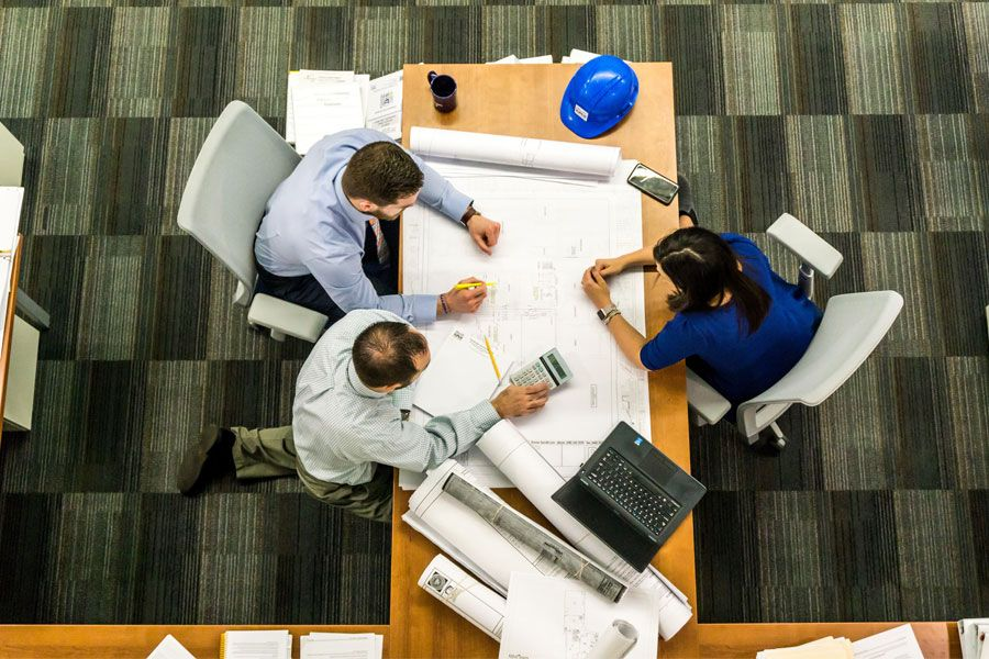 imagen personas contratadas con contratos bonificados
